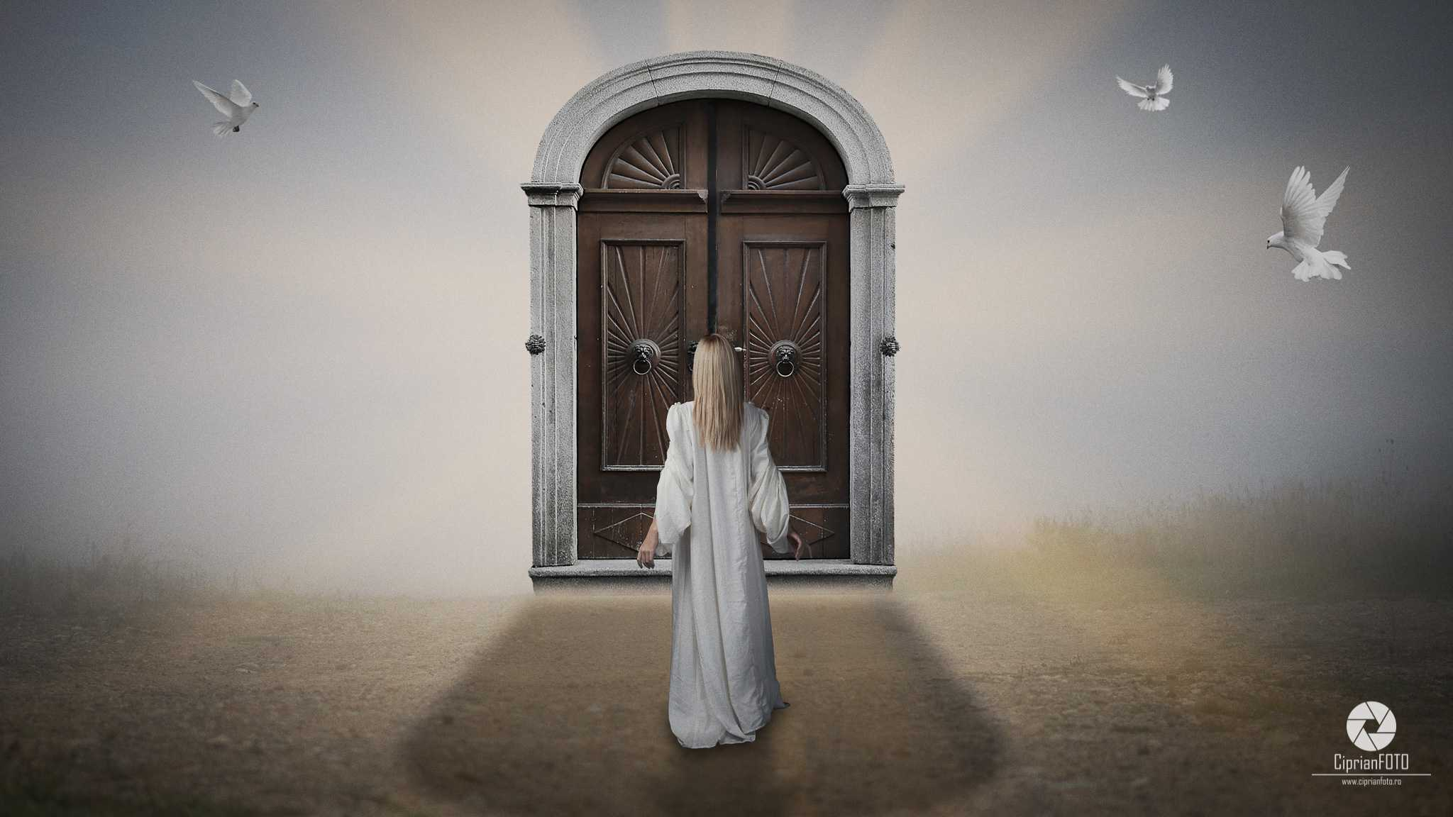 The Mysterious Door, Photoshop Manipulation Tutorial, CiprianFOTO